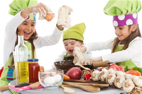 cuisiner avec un cuisiner avec enfant apprendre en s 39 amusant