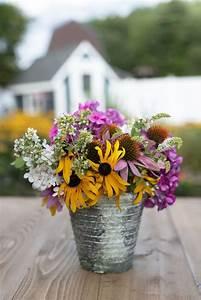 Repurpose, Your, Flowergarden, Candle, As, A, Vase, Northernlightscandles, Artisancandles, Diy