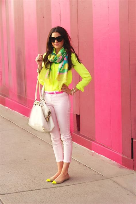 Fashion Trend Neon Colors! - Style Motivation