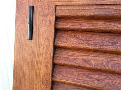 persiane in alluminio effetto legno infissi verniciati