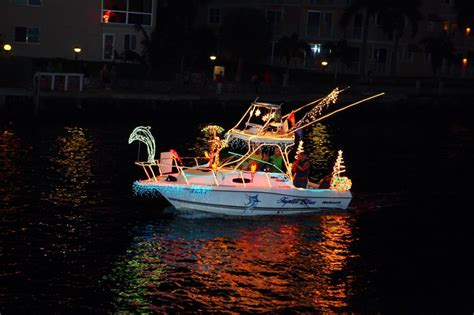 Discount Boat Show Tickets Fort Lauderdale by Free Entry For Greater Pompano Beach Holiday Boat Parade