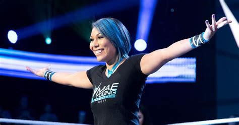 international returning names  newest mae young classic entrants cageside seats