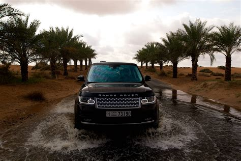 Wading Land Rover Wallpaper by Range Rover L405 Mk 4 Buyers Guide