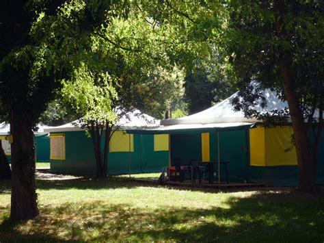 toile de tente 4 chambres roulotte et bungalow en ardèche location