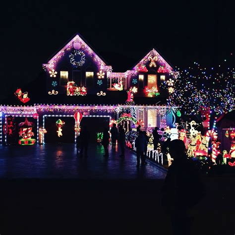 the best christmas lights on the central coast 2017 image 1
