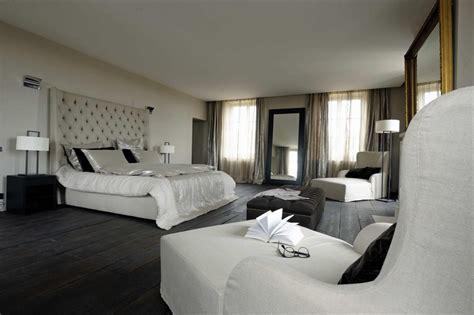 chambre avec parquet en bois noir b 233 reng 232 re leroy photo n 176 48