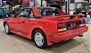 Toyota Mr2 Mid