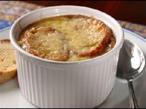 recette de cuisine simple la soupe à l 39 oignon une recette traditionnelle