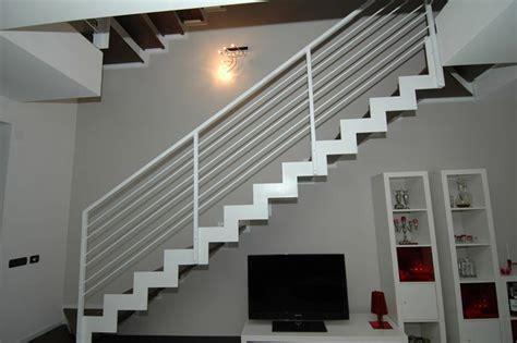 arredare il sottoscala a giorno il sottoscala e come sfruttarlo speziale scale