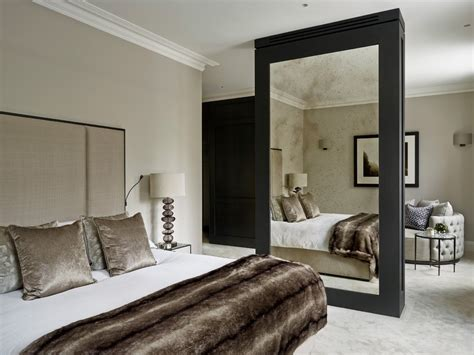 Bedroom Mirrors by 20 Bedroom Mirror Decor And Placement Ideas 18896