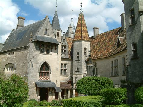 castle for sale in ch 226 teau de la rochepot