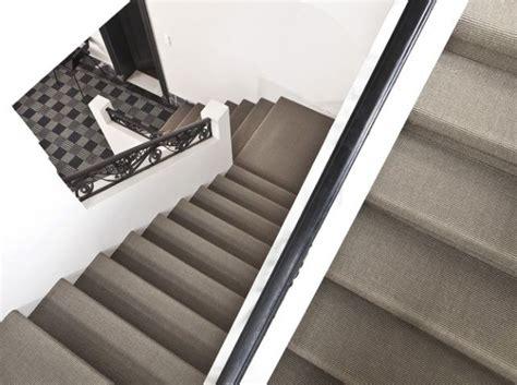 25 best ideas about moquette escalier sur