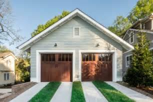 arts and crafts homes interiors craftsman style garage doors homesfeed
