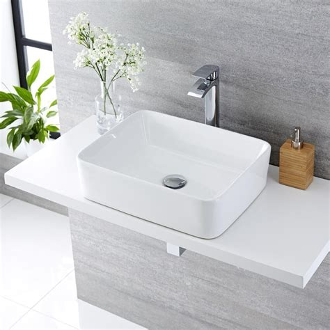 Lavabi D Appoggio In Ceramica Per Il Bagno Lavabo Bagno Da Appoggio Rettangolare In Ceramica
