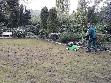 Wann Wird Rasen Vertikutiert by Rasenpflege Rasen Vertikutieren In Emstek