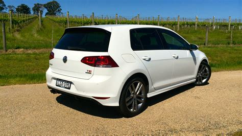 vw golf 7 r line 2015 volkswagen golf r line review 103tsi photos 7 of