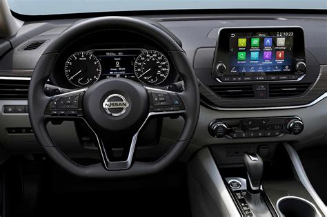 nissan altima interior 2019 nissan altima 7 things to motor trend
