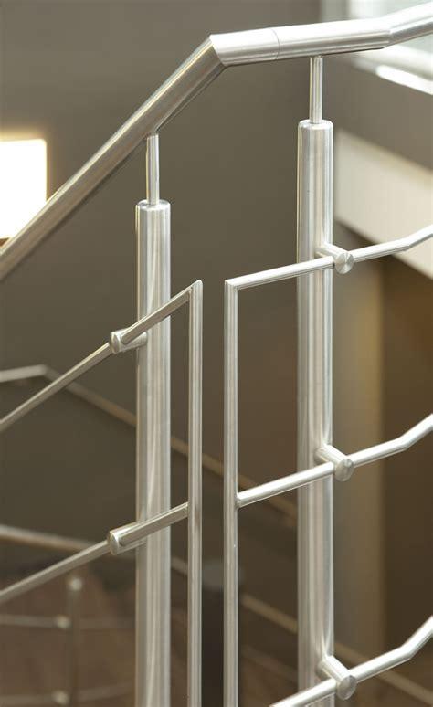zoldertrap hek rvs stalen z trap met rvs stalen hek trappenkopen nl