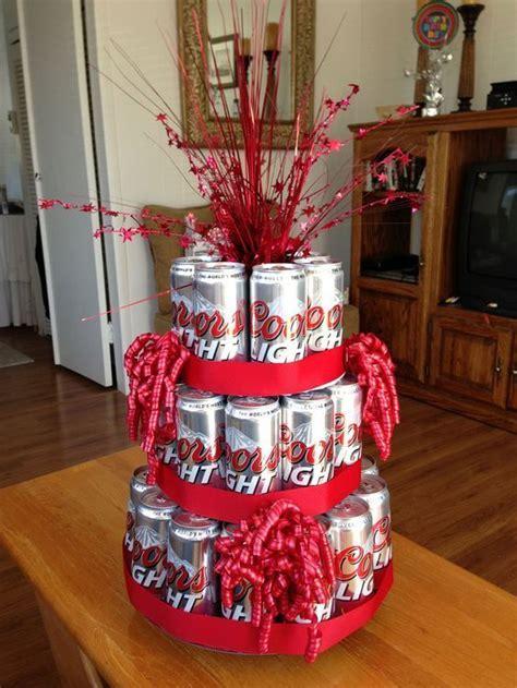 regala cervezas  licor de forma creativa dale detalles