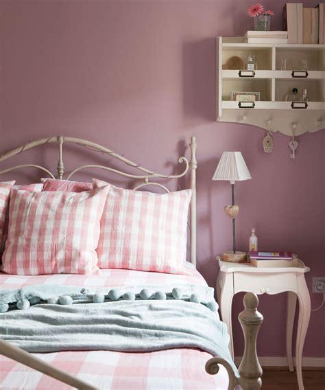 Romantic Bedroom Ideas  Romantic Bedroom Designs
