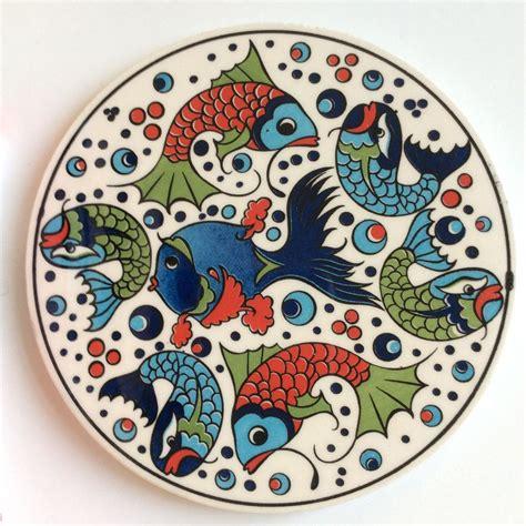 ceramic trivet  fun fish design sell  kind