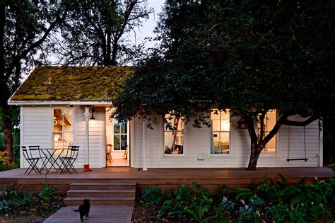 Small Homes : Beautiful Small Houses That Will Make You Reconsider Your Home
