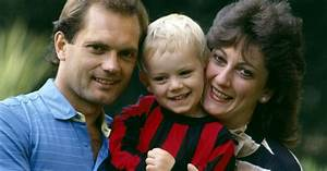 Ray Wilkins laid to rest as son pays final tribute to ...
