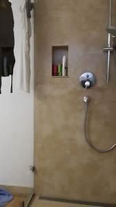 Badezimmer Farbe Wasserfest : fugenlose design b den fugenloser putz im bad beton cire dusche fugenlose badgestaltung beton ~ Markanthonyermac.com Haus und Dekorationen