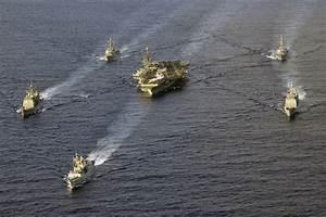 Amerikai hadihajó mentette meg az irániak életét ...