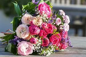 Blumen Bedeutung Hochzeit : blumen knigge so finden sie zu jedem anlass den passenden ~ Articles-book.com Haus und Dekorationen