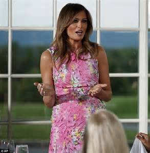 Melania Trump's approval rating climbs 17 points   Daily Mail Online