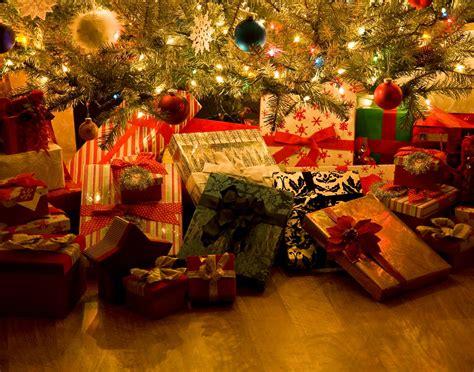 christmas gift ideas  precocious nephews  nieces