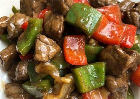 Dengan aroma enak dan citra rasa yang lezat tentu setiap orang menyukainya. Resep Sapi Lada Hitam rasa Steak oleh Mbok Ginem - Cookpad