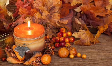Background Aesthetic Thanksgiving Wallpaper by Orange October Add A Touch Of Fall Into Your Oahu Home