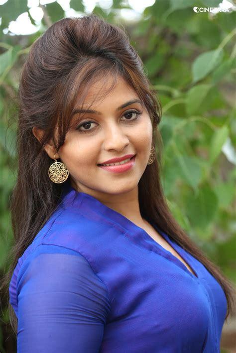 anjali desi actress anjali hot side view  blue dress