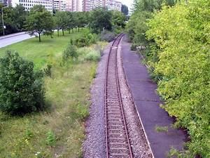 S Bahn Erfurt : blick von der nordh user stra e auf den ehemaligen s bahn haltepunkt berliner stra e in erfurt ~ Orissabook.com Haus und Dekorationen