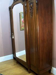 Armoire Art Deco : antique french art deco walnut 3 door wardrobe linen cabinet armoire circa1920s ebay ~ Melissatoandfro.com Idées de Décoration