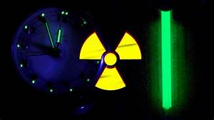 Radioluminescence    Scintillations From H