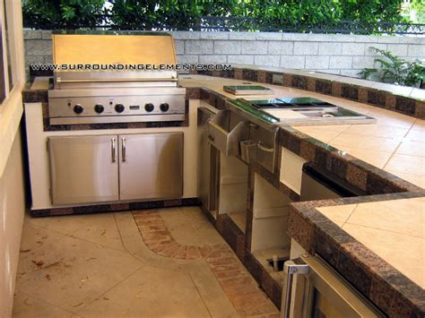 L Shaped Kitchen Islands - barbecue islands by surrounding elements custom outdoor barbecue islands and bbq island grills