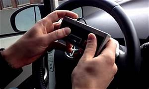 Jeux De Voiture Avec Manette : jeux vid o des hackers conduisent une voiture avec une manette nes ~ Maxctalentgroup.com Avis de Voitures