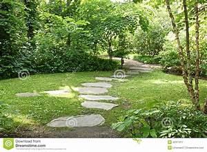 Prix Des Dalles De Jardin : promenade japonaise de dalle de jardin photo stock image ~ Premium-room.com Idées de Décoration