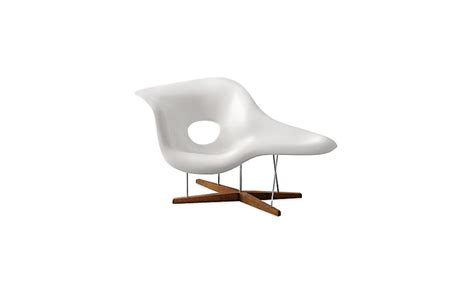 eams chaise eames la chaise design within reach
