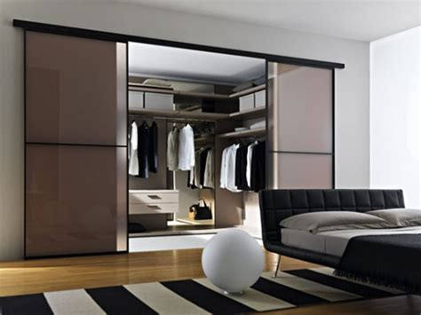 fruitful knowledge on how to organize walk in closets