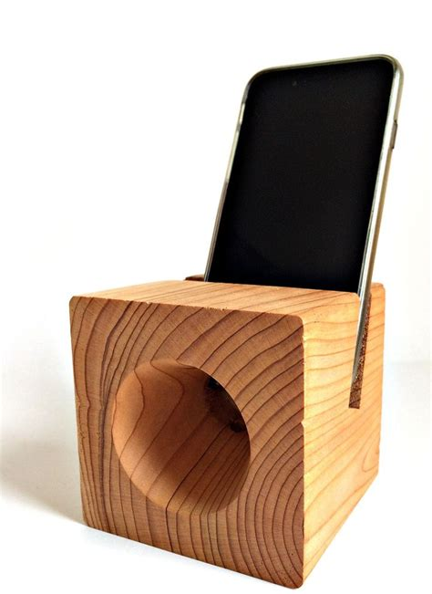 cedar handmade phone dock acoustic amplifier pandora