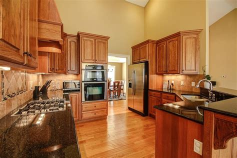 What To Use To Clean Cabinets by How To Clean Remove Grease From Your Wood Cabinets