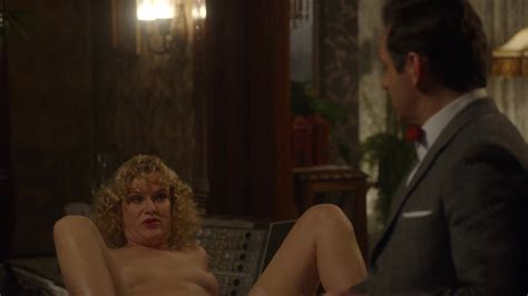 Nicholle Tom Nuda ~30 Anni In Masters Of Sex