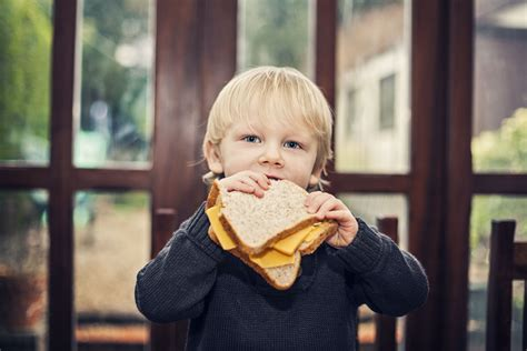 When Can My Toddler Have Cheese