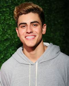 Jack Gilinsky Is Ready For a New Hair Color - Twist