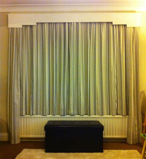 compromise   curtain issues