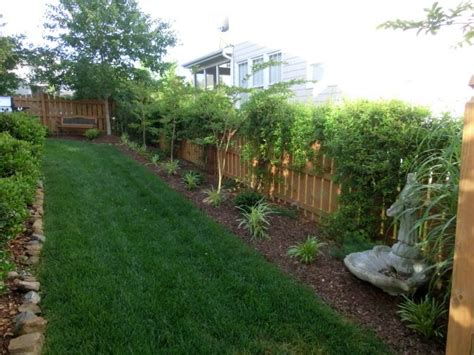 small side yard landscaping ideas plantings along fence line get your hands dirty pinterest edible plants side yards and yards